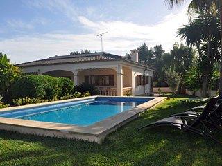 Villa Cirerer 4398 Crestatx con piscina y jardín