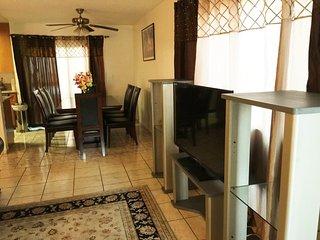 Furnished 2-Bedroom Apartment at San Fernando Rd & Justin Ave Glendale