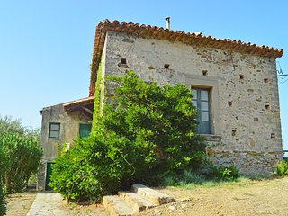 Rustic villa with a wonderful sea view terrace just 1 minute to the beach