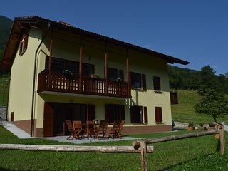 Holiday house Jelovcerjeva hisa, Most na Soci