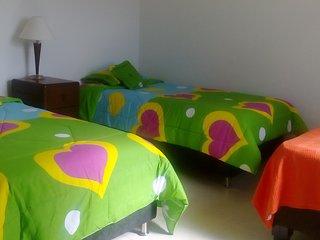 Casa Montaña comoda habitación para tres personas, Cali