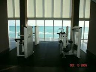 AWESOME APARTMENT, Hallandale Beach