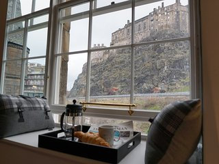 Grassmarket, Castle Heights, Stunning Views, Edimburgo