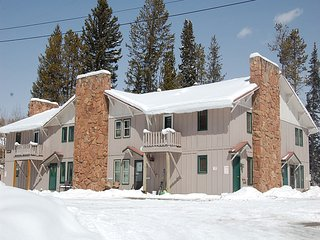 Hideaway Village Columbine 3, Winter Park