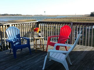 Best Location! 700 feet to deep water Folly River + 700 feet to waves on Beach!