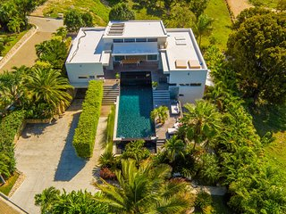 5BR incredible Boutique-style modern villa