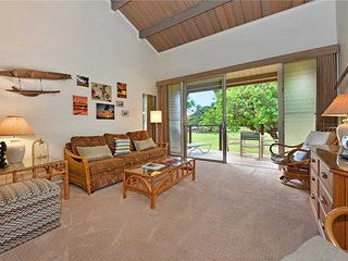 This modest Maui Vacation Rental has breathtaking views surpassing Hale Kai #204