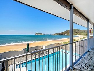'Absolute Beachfront with Pool', Pearl Beach