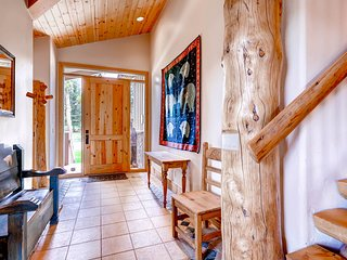 5Br + Den Home. Sleeps 12. Pet Friendly. Kids Ski Free! ~ RA132421, Keystone