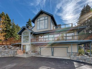 Awesome Lakeview Home with Breathtaking Views.