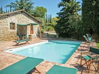 6 bedroom Villa in Radda in Chianti, Chianti, Tuscany, Italy : ref 2383107