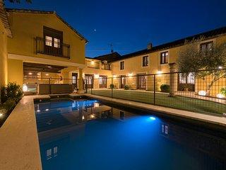 Villa Cornelius. Casa Rural completa para grupos. Maxima categoria. Lujo Rural