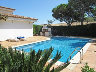 Beautiful villa with private pool in L´Escala, L'Escala