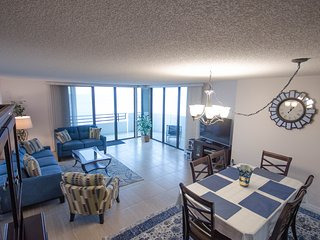 Horizons Condominium  10th floor 2/2 Ocean Front