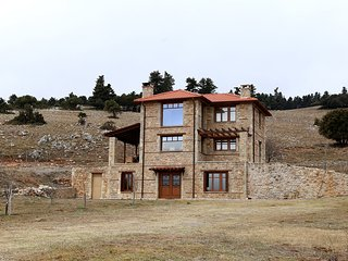 House in Parnassos, Summit View