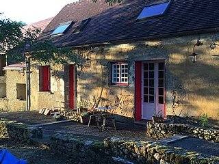 Peace and Tranquility in France. Rustic one bedroom Gite.