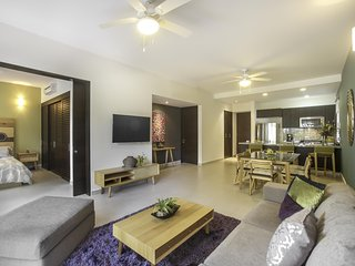Contemporary Condo - Gran Bahia Golf Resort