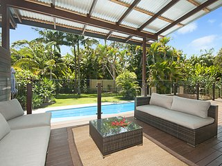 A-Whim-Away Ewingsdale/Byron Bay - House and Cottage Sleeps 10