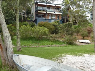 Green Point Lakehouse - Tranquility with Water On your Doorstep
