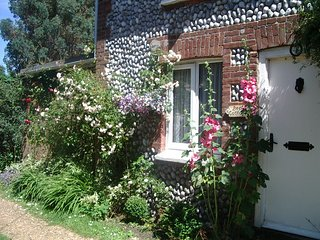 Beck Cottage           Bookings can be made from Saturday to Saturday, Sheringham