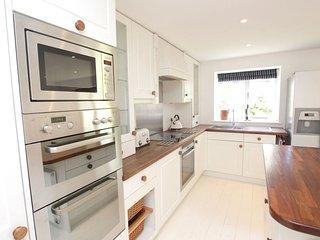 Croyde Holiday Cottages Montague Farmhouse Kitchen