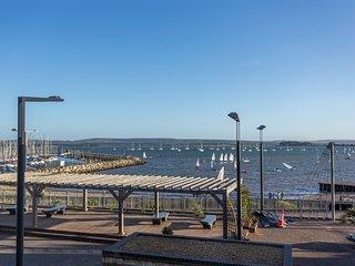 Ahoy, Poole