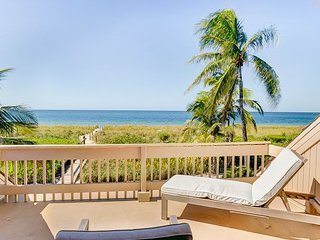 Beach front private home in South Seas Island Resort w/Heated Pool & WIFI, Captiva Island