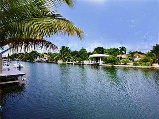 3 Bed 3 Bath FLORIDA ROOM NEAR BEACH, Miami Beach