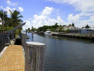 3 BED/3 BATH AND A STUDIO, WATER VIEW, BEACH, Miami Beach