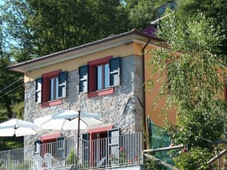 Barga Holiday Villa for rent with gorgeous view (Garfagnana, Lucca, Tuscany)