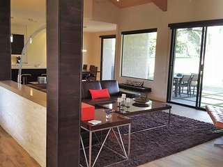 Stunning Remodel Mission Hills.  3 bed 3 bath, Rancho Mirage