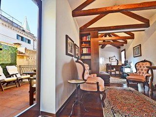 Elegant central penthouse in Piazza San Marco