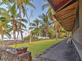 Kona Oceanfront Captain Cook Beach House!