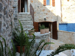 Traditional stone house and cottage in Vrbanj