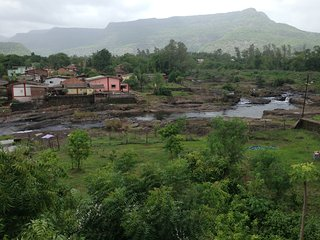 karjatbelifal River Touch  farmhouse bungalow villa swimming pool party Homestay, Karjat