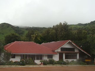 Homestay situated in the foothills of mullayanagiri