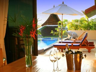 Villa Malee: Luxury 4 bed villa with infinity pool , chef .