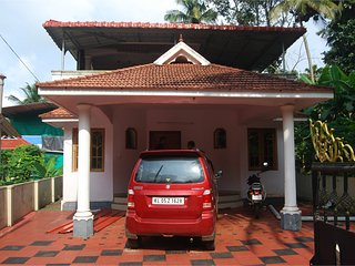 4BHK Villa for vacation home stay for daily rent near Manarcad Church, Malam