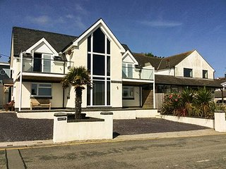 GLAN Y MOR, detached beachfront property, stunning sea views, in Bull Bay near