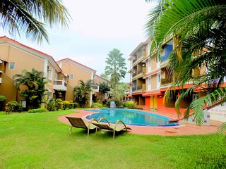 Spacious Apartment with Pool in Candolim  :CM008