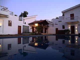 Luxury Villa with Pool in Alibaug