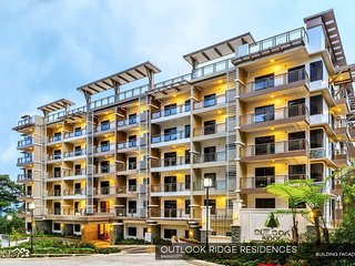 Outlook Ridge Residences 2 bedroom/2 bathroom condominium apartment sleeps 6., Baguio