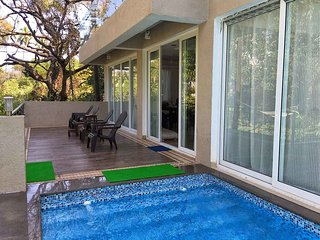 SeaHorse - Baga Beach Pool Villa 4 Bed