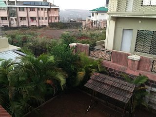 Supreme Panchgani Bungalow on rent