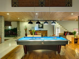 9 Bedrooms 9 Bathrooms-2 Pools Seminyak