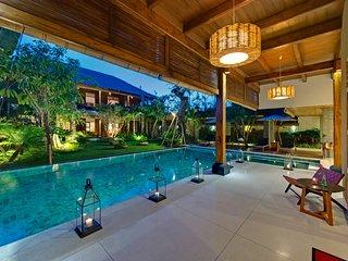 Wonderful 10 Bedrooms Private Villa Seminyak