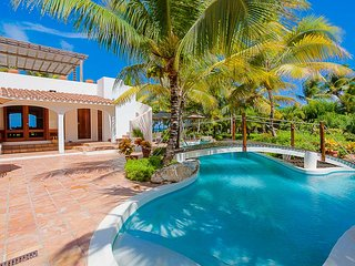 L Embellie Beach Villa and Cottage, Sleeps 6, Anguilla