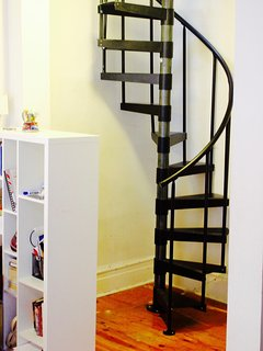 Spiral Stairs: Parlor floor to bedroom floor