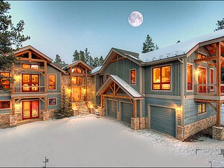 Located Just Minutes From The Slopes - Close To Downtown Breckenridge (13305)