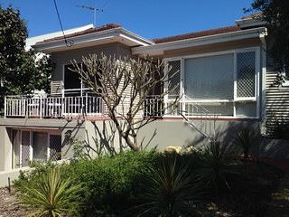 front of house - Trigg Beach Cottage